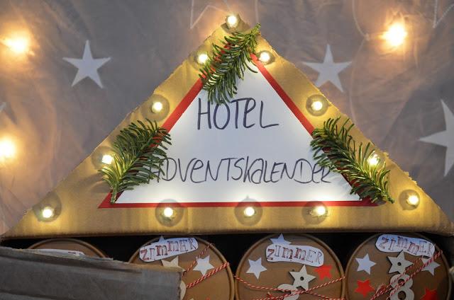 2 adventskalender oder welcome to the hotel deko hus. Black Bedroom Furniture Sets. Home Design Ideas