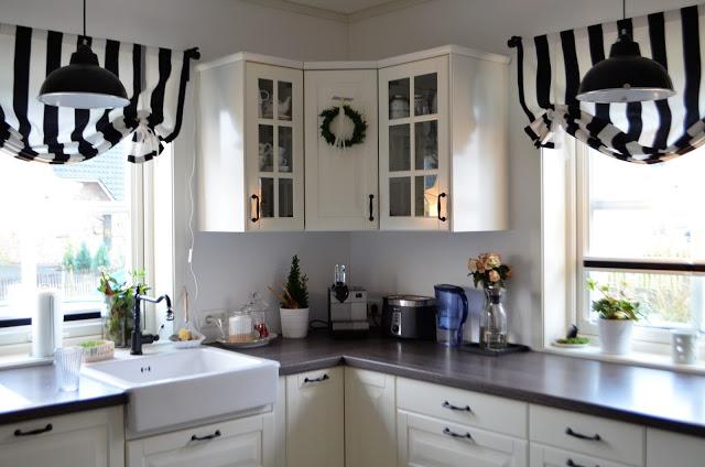schnelle weihnachtsdeko f r die k che deko hus. Black Bedroom Furniture Sets. Home Design Ideas