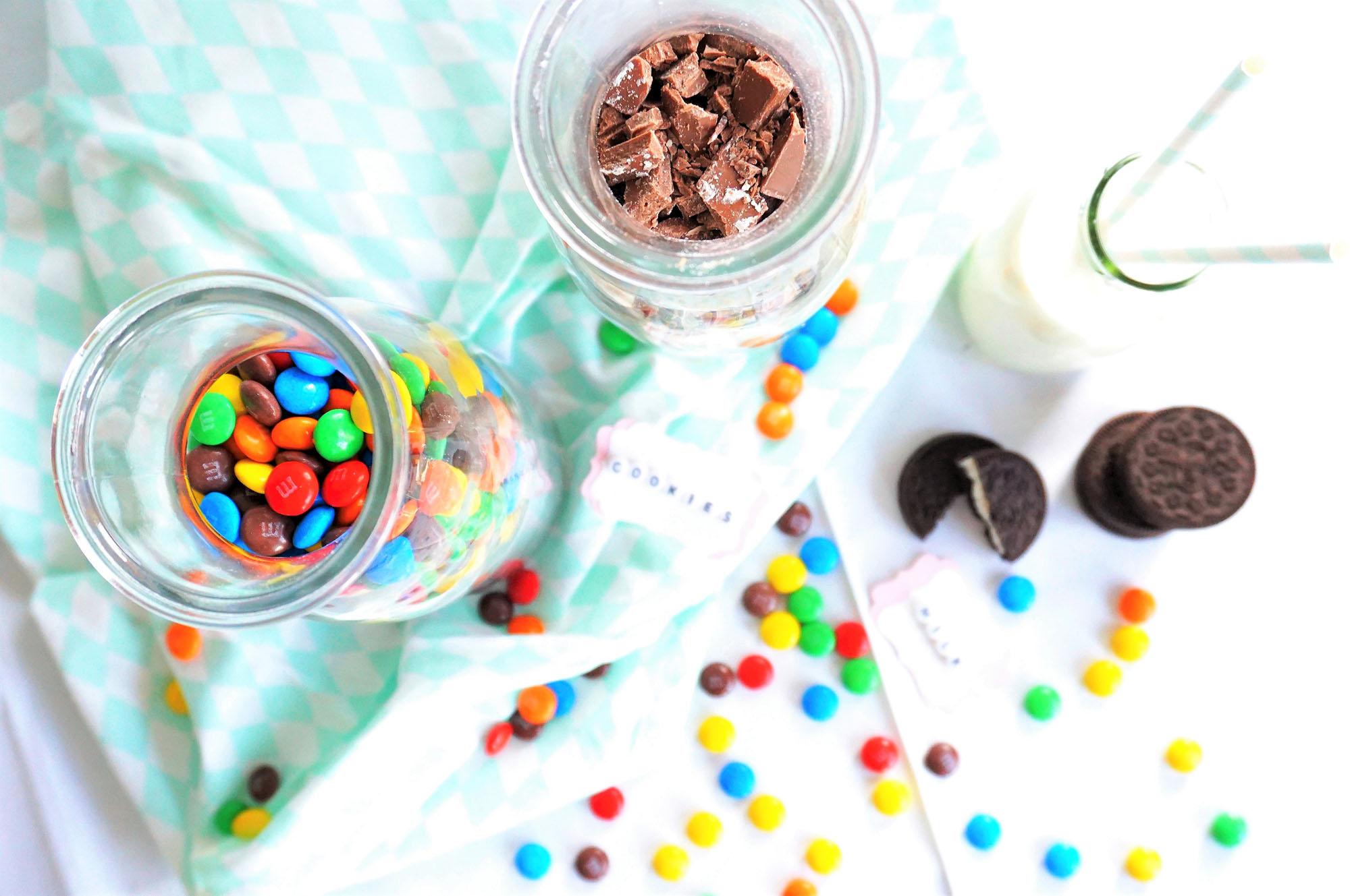 Backmischung im Glas: Cookies mit Schokolade